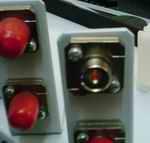 гнездо для FC-коннектора закреплённое в оптическом кроссе