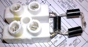 Монтаж диодов индикатора тока